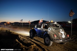 Larry_Chen_Speedhunters_Mint400_race-18-800x533